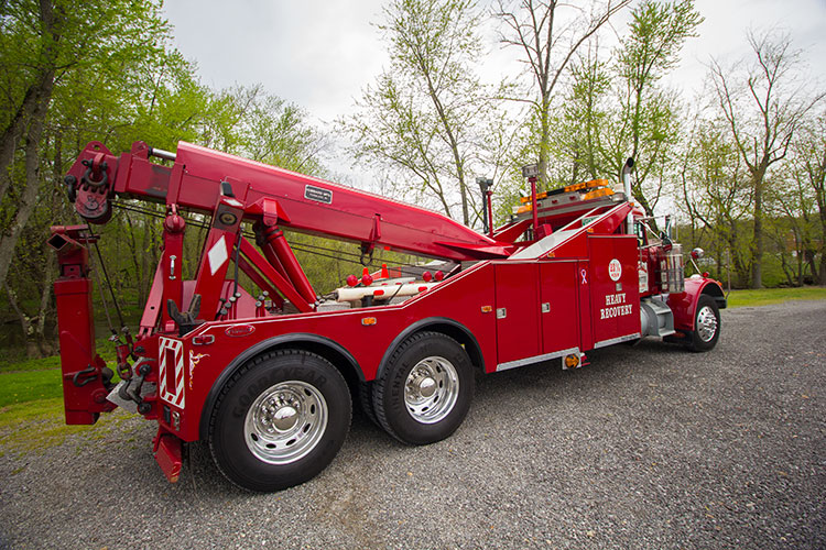 1969 Peterbuilt 30 Ton Wrecker