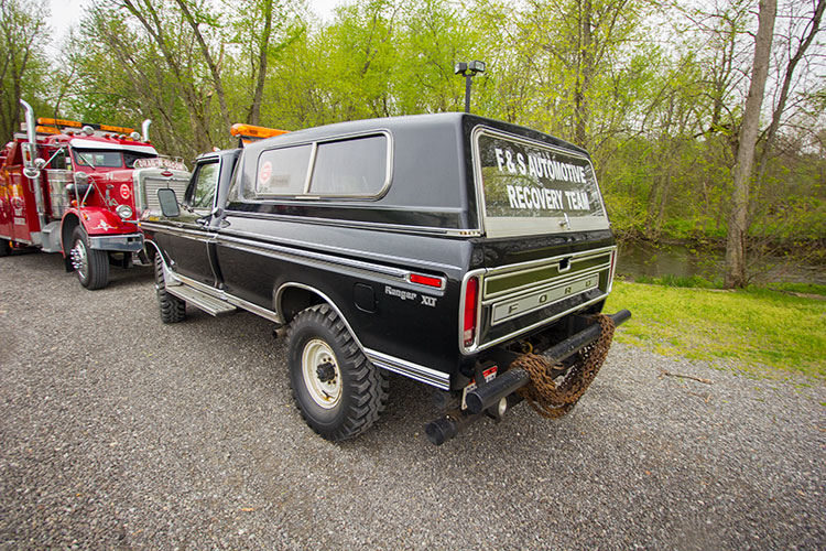 1974 Ford Off Road Recovery Truck
